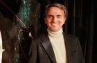Carl Sagan una estrella que brilla por su presencia